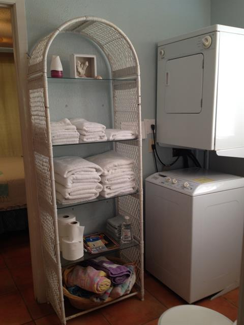 Washer/Dryer located in shared bath