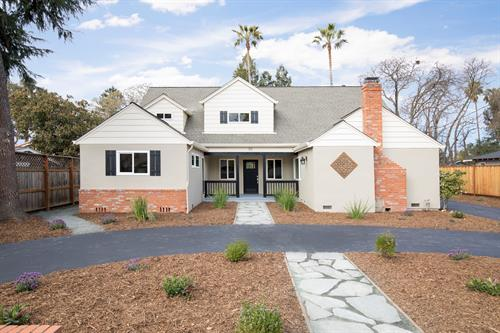 Beautiful Poet's Corner home- completely remodeled - Sold with multiple offers
