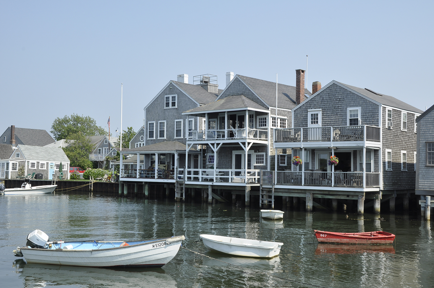 THE 30 MOST CHARMING BEACH TOWNS IN THE USA