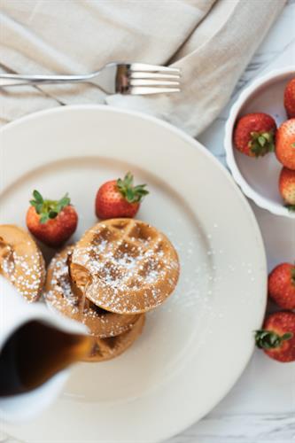 Waffles w/ Fresh Strawberries