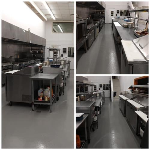 And a full kitchen ready to serve you!