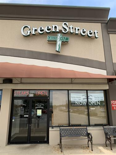 Welcome to Green Street Pub and Eatery!
