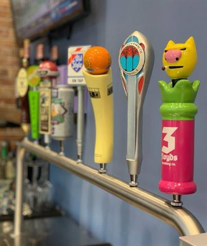 8 Rotating Craft Beer Taps!