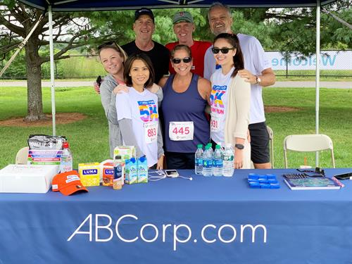 Team ABCorp at the 2019 Dana-Farber Jimmy Fund 5k Run: Mary Kelly, Bill Surette, Suong Vo, Jeff White, Guy Broadhurst, Mary Rassias