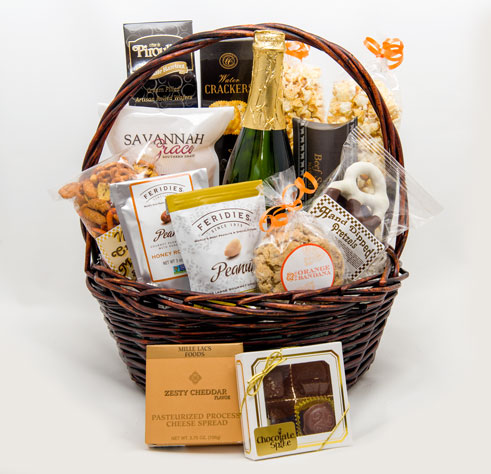 Taste of Virginia Deluxe Basket