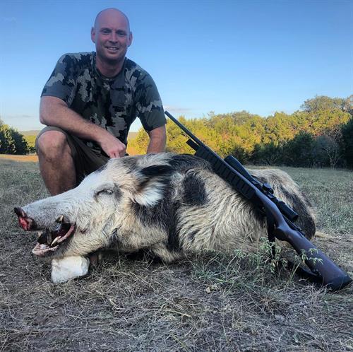 Gallery Image Hog_hunts_at_Rancho_Madrono_a_texas_Hunting_ranch.jpg