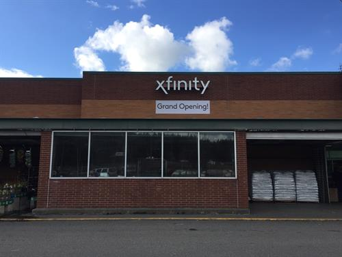 Front of Xfinity Store at Sehome Haggen in Bellingham