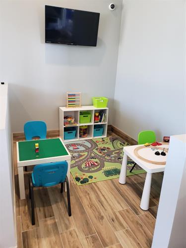 Gallery Image Kids_play_area.jpg