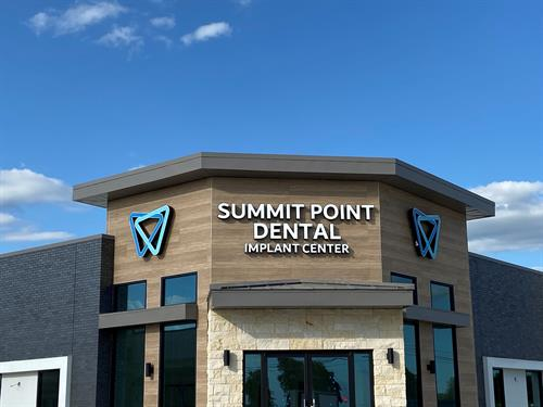 Summit Point Dental Implant Center