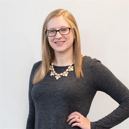 Liz Carlson, Junior Advisor