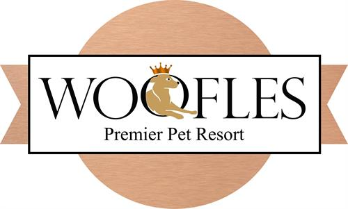 Woofles Premier Pet Resort Logo