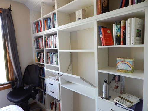 Custom Built in Bookcase with Desk area