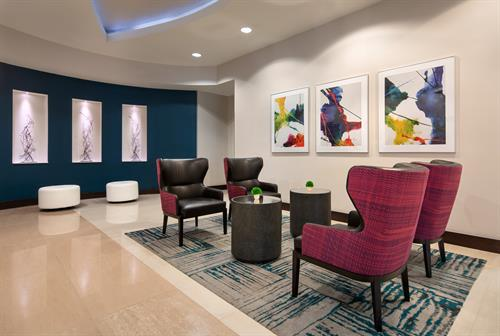 Gallery Image HGI_Denver_Cherry_Creek_Lobby_Seating_2.jpg