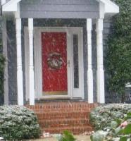 Gallery Image doorway_light_snow_red_door.jpg