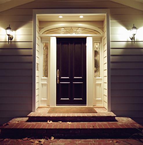 Gallery Image doorway_lighted_elegant.jpg