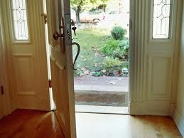 Gallery Image doorway_open.jpg