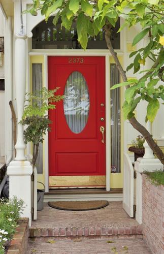 Gallery Image doorway_red_oval_window.jpg