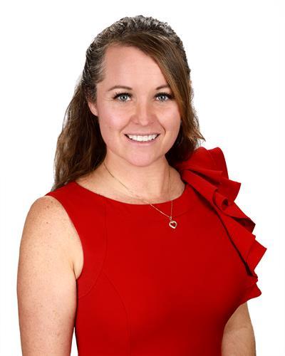 Krista Gillett , Escrow Officer