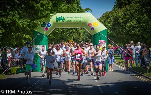Gallery Image Rainbow_Run_2017_Bristol_TM_047.jpg