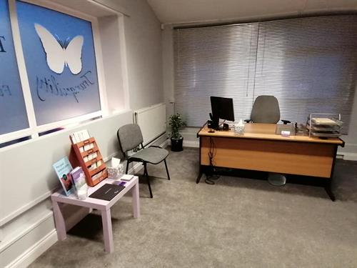 Gallery Image main_office.jpg