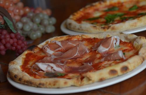 8 choices of Wood-burning oven pizza