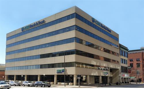 101 west Second Street Suite 100, Davenport IA 52801