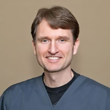 Dr. Thomas Wilhelms, DDS