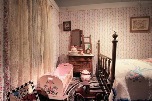 Gallery Image childrenroom-scaled.jpg