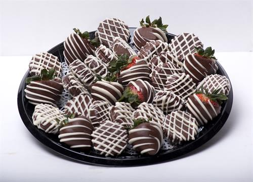 Strawberry & Oreo Delight Platter- Great for that upcoming Event