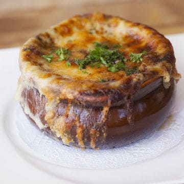 Gallery Image french_onion_soup.jpg