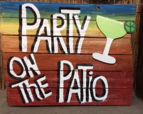 Gallery Image party_on_patio.jpg