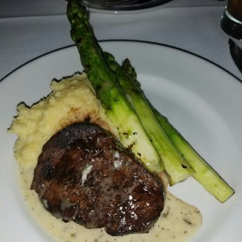 Gallery Image steak_and_mashed.jpg