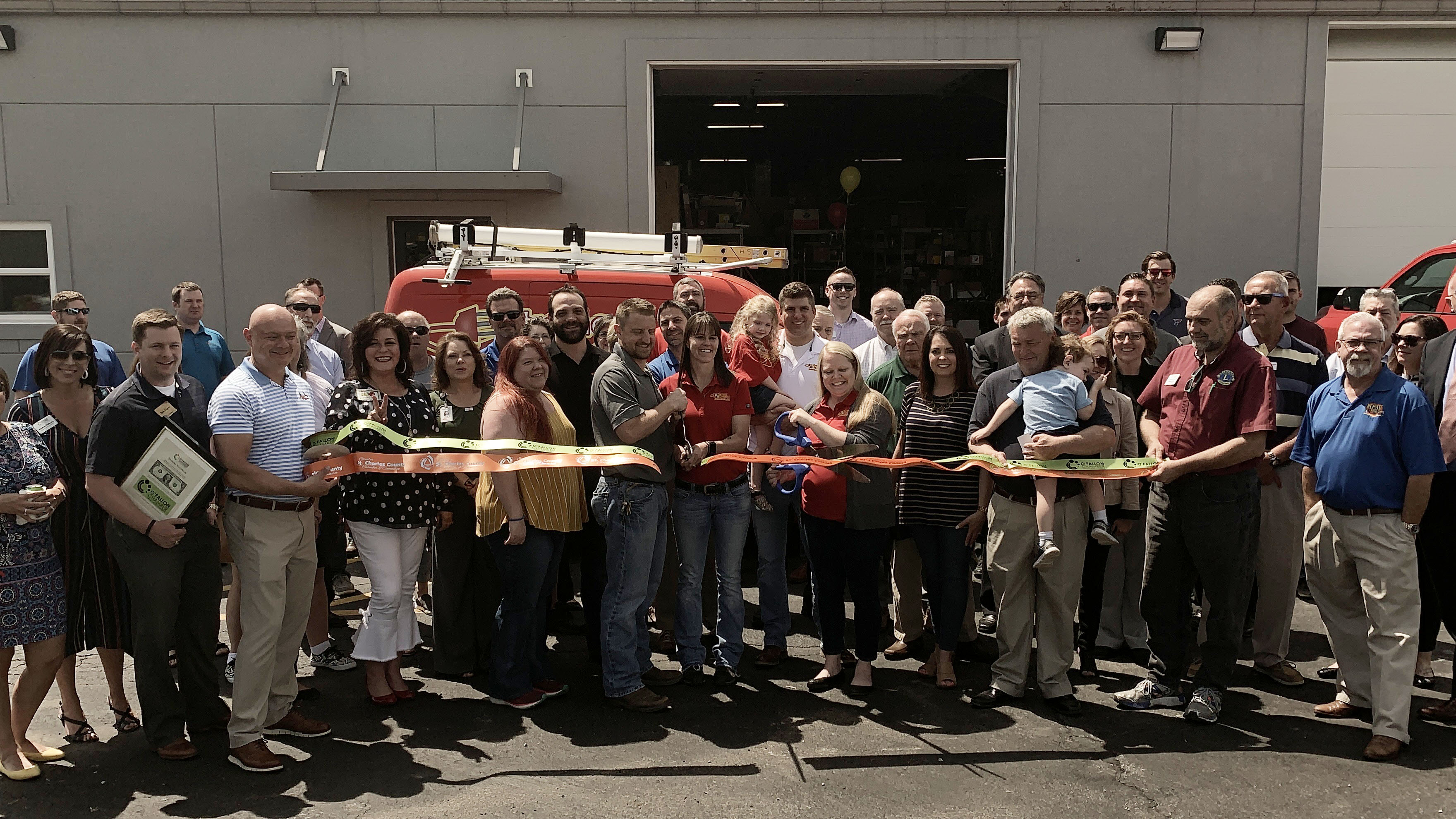 Image for Extreme Electrical Contractors Celebrates Small Business of the Year Finalist Selection with Ribbon Cutting