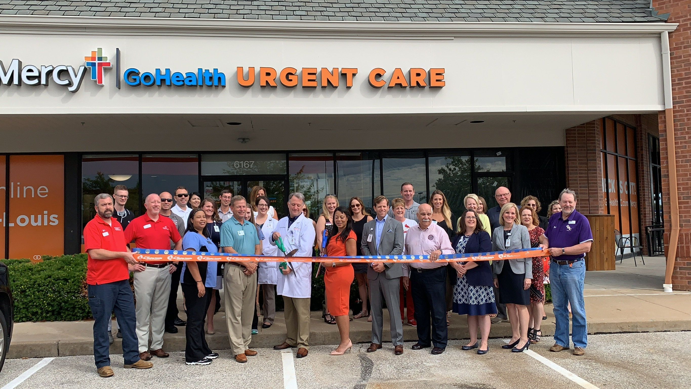 Image for Mercy GoHealth Urgent Care Celebrates Grand Opening with Ribbon Cutting
