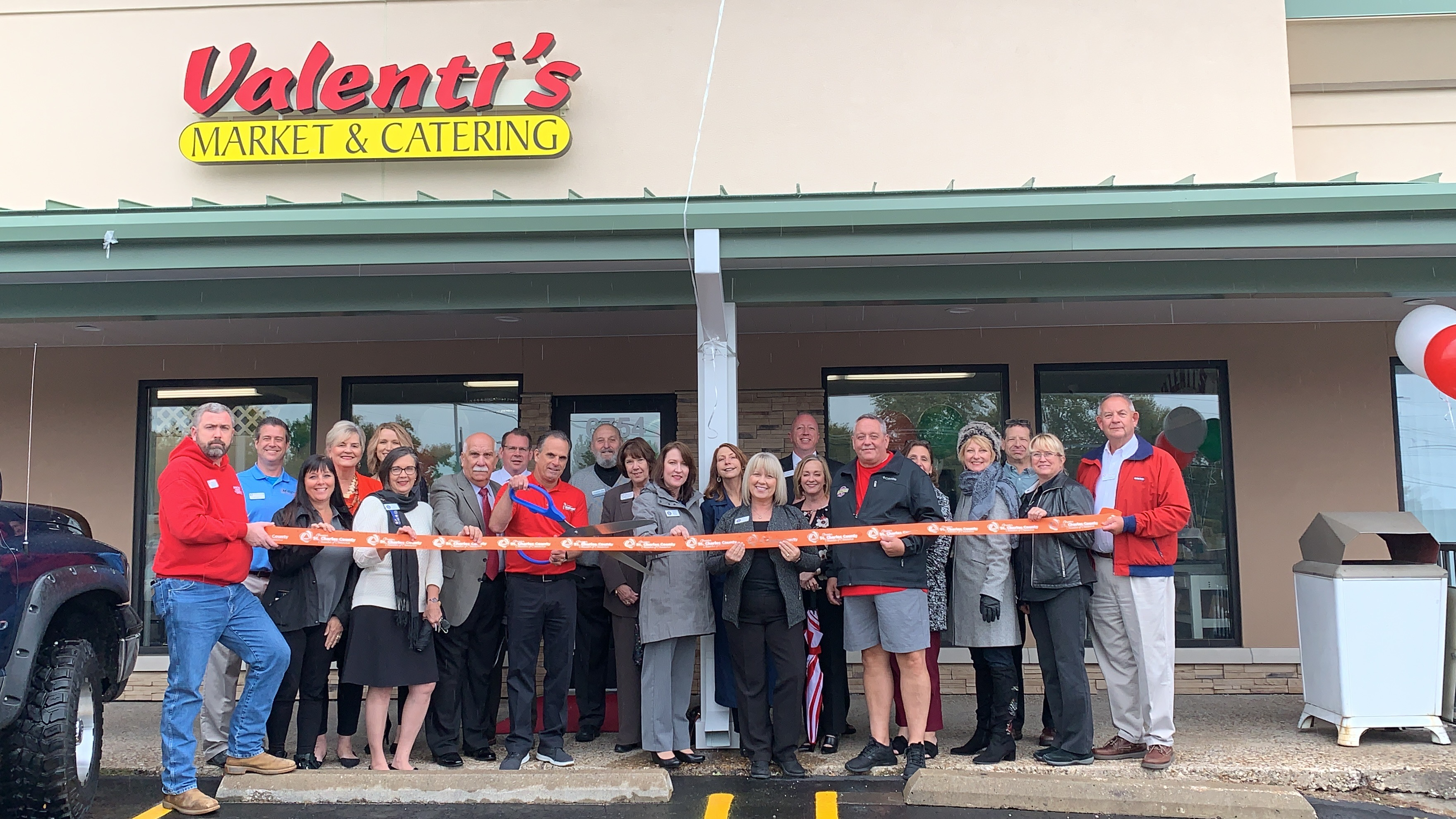 Image for Valenti's Market, Catering & Deli Celebrates  Remodel with Ribbon Cutting