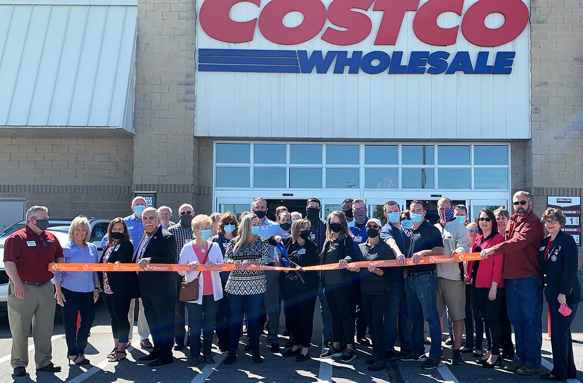 Costco Wholesale Celebrates 20th Anniversary with Ribbon Cutting