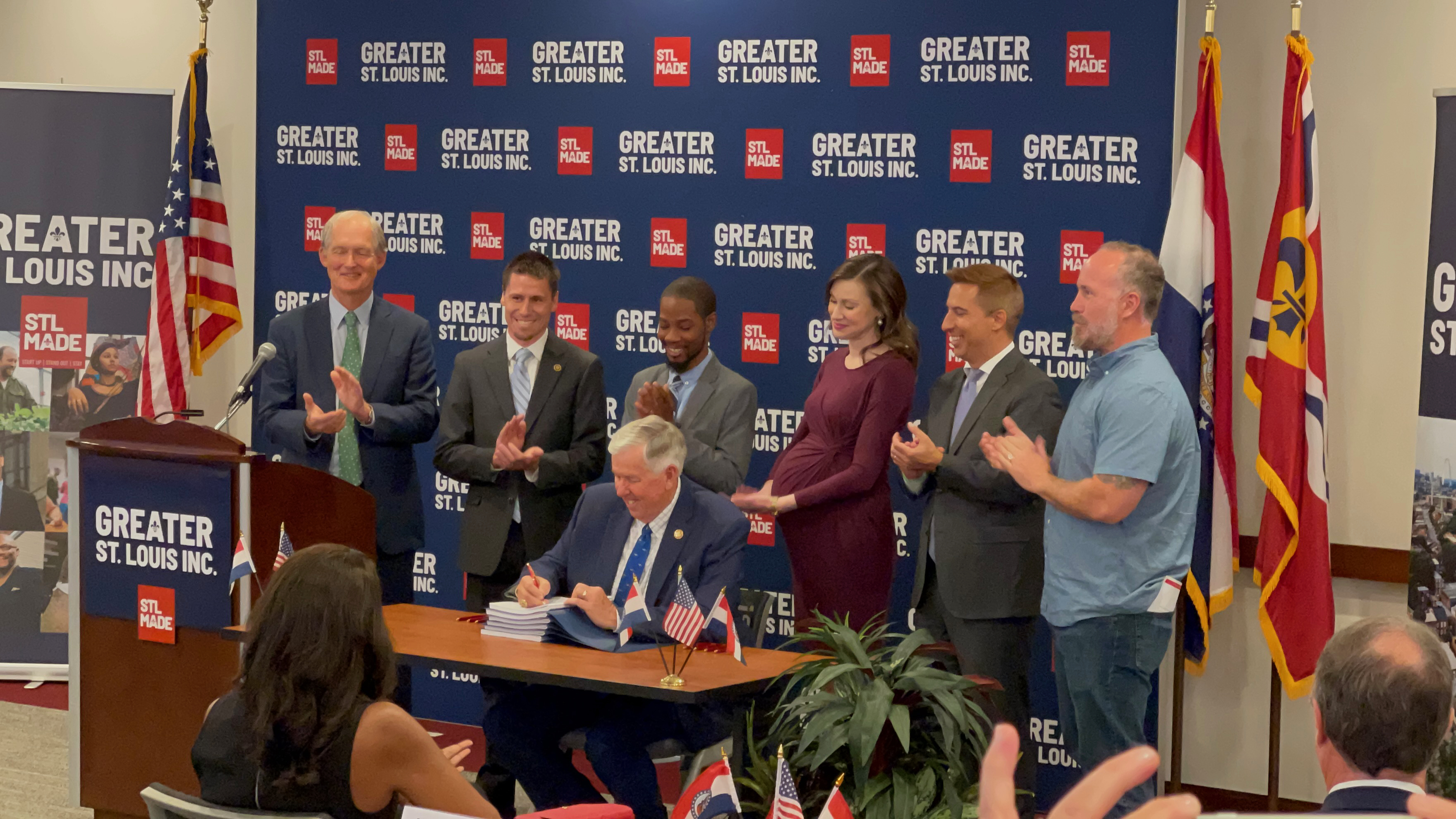 Governor Parson Signs Wayfair Bill Into Law