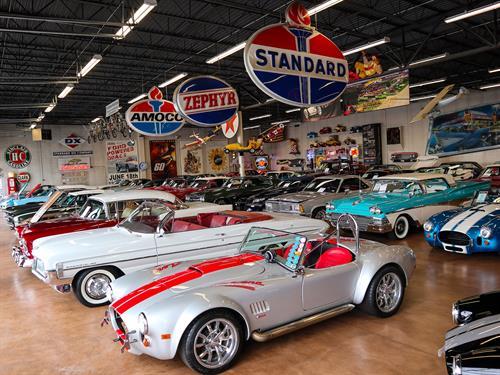 Gallery Image Fast_Lane_Classic_Cars_Showroom.jpg