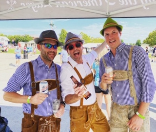 Prost! Midwest Maifest