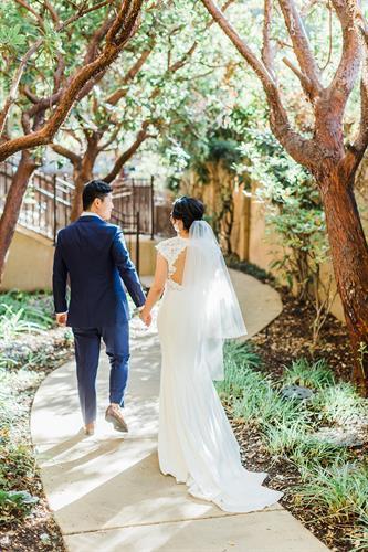 Gallery Image claudia-peter-bride-groom-37.jpg