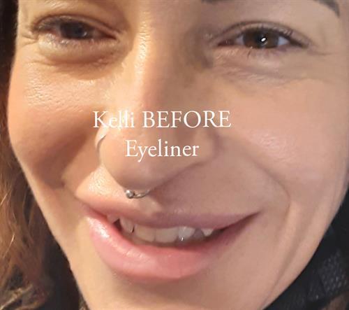 Gallery Image eyelinerbefore.jpg