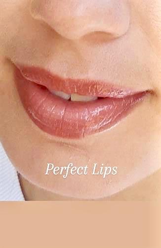 Gorgeous peacy lip color.