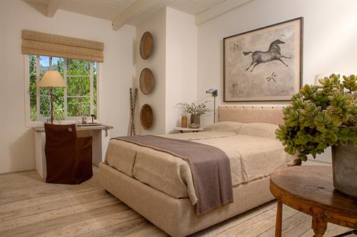 Gallery Image The_Ranch_Malibu_Wellness_Collection_Guest_Room_Interior.JPG