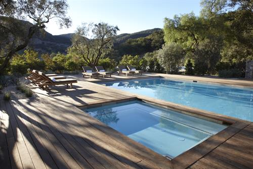 Gallery Image The_Ranch_Malibu_Wellness_Collection_Outdoor_Pool_and_Jacuzzi.jpg