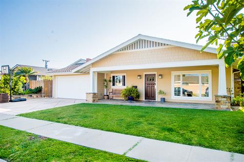 Home in Huntington Beach-Sold