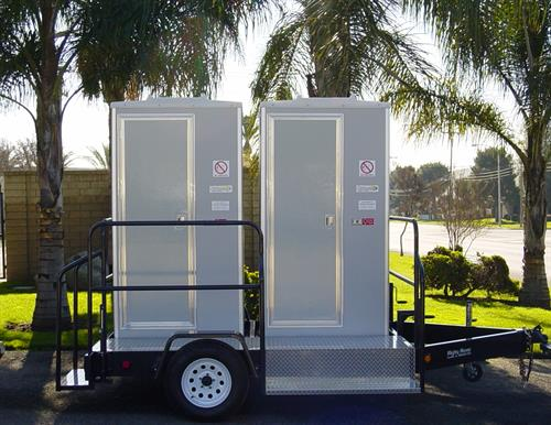 Double Solar Restroom Trailer - Ideal for weedings