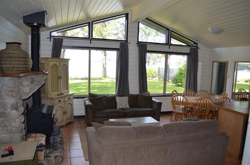 3 Bedroom Beach Front Cabin