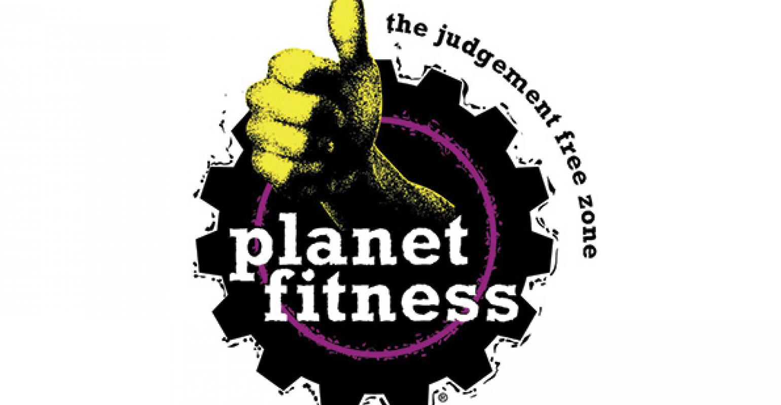 Wilmington Chamber of Commerce Hosts Ribbon-Cutting Ceremony for Planet Fitness