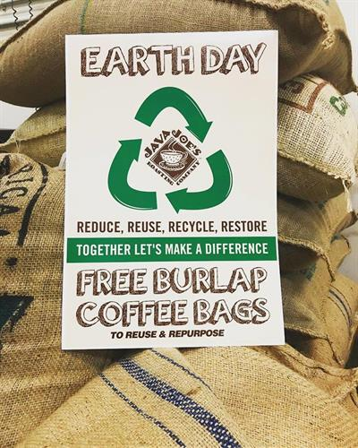 Gallery Image Earth_Day_Bags.jpg