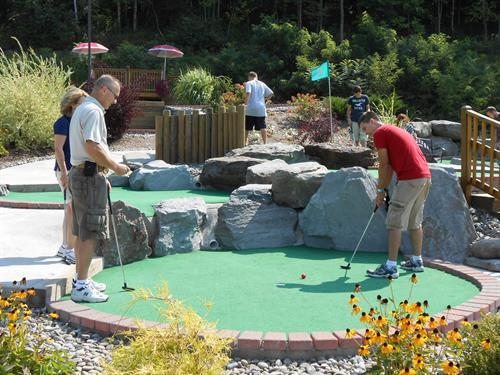 Chuckster's Mini-Golf
